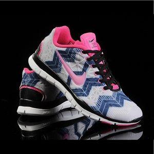 nike free tr fit 3 prt Nike Shoes | Free Tr Fit 3 Prt 555159 015 Size 7 | Poshmark